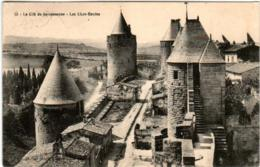 51er 634 CPA - LA CITE DE CARCASSONNE - LES LICES HAUTES - Carcassonne