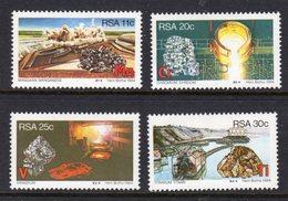 SOUTH AFRICA - 1984 STRATEGIC MINERALS SET (4V) FINE MOUNTED MINT MM * SG 558-561 - South Africa (1961-...)