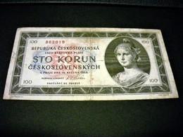 TCHECOSLOVAQUIE 100 Korun 16/05/1945 , Pick N° 67 , CZECHOSLOVAKIA, Serie N° A 14 (haut Centre) - Tchécoslovaquie
