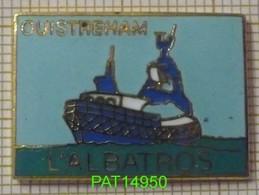 CHALUTIER  L' ALBATROS Port De OUISTREHAM    BATEAU De PECHE Dpt14 CALVADOS En Version EGF - Bateaux