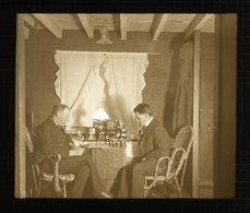 PORTRAITURE - Gents Playing CHESS - English - Magic Lantern Slide (lanterne Magique) - Plaques De Verre