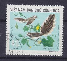 Vietnam 1973 Mi. 738    40 Xu Bird Vogel Oiseau Weisskragen-Fächerschnäpper - Vietnam