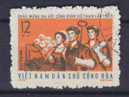 Vietnam 1972 Mi. 690    12 Xu Nationaler Gewerkschaftskongress - Vietnam