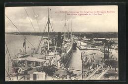 AK Saigon, L`Accostage D`un Cargo Boat Des Messageries Maritimes, Vue Prise De La Passerelle Du Paul Lecat - Viêt-Nam