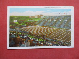 University Of Iowa            Stadium  Iowa City  Iowa   >   Ref    3568 - Postcards