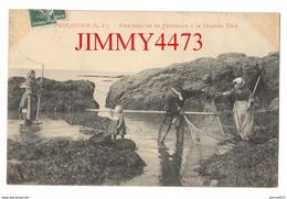 CPA - LE POULIGUEN 44 Loire Inf. - Une Famille De Pêcheurs à La Grande Côte En 1911 - Le Pouliguen