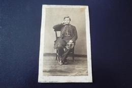 Cdv.photo Militaire. N°150169 .schoien Et Poirson.enfant?.6.5 X10.5 Cm - Old (before 1900)