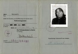 Permis De Conduire Original Fuhrerschein Délivré En 1981 à Berlin De Monika Weinert Née Le 07.06.1937 - Diploma & School Reports