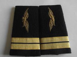 Fourreaux Grade Lieutenant Armée De L'air - Uniformes