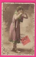 CPA (Réf: Z2355) (SPECTACLE ARTISTES) Femme GAUTHIER VILLARS Flûte De Pan - Artisti