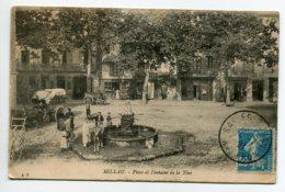 12 MILLAU Place Fontaine De La Tine Diligence Villageois Et Cheval Commerces  1921 Timb  Edit A.P    D10 2019 - Millau