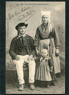 CPA - Karten Bost - Une Famille De PLOUGASTEL - DAOULAS  (dos Non Divisé) - Plougastel-Daoulas