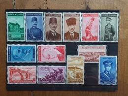 TURCHIA Anni 38/40 - Nn. 895/99 + 922/29 Nuovi ** (manca 894) + Spese Postali - 1921-... Repubblica