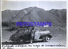 118414 ARGENTINA CHUBUT ESQUEL AUTOMOBILE CAR AUTO AND MAN 11.5 X 8 CM PHOTO NO POSTAL POSTCARD - Fotografie