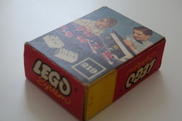 LEGO - 219 2 X 3 Bricks White NEW OLD STOCK MINT CONDITION - Colector Item - Original Lego 1958 - Vintage - Catalogs