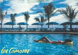 Afrique - Femmes - Femme - Les Comores - La Piscine Du Galawa Beach Hôtel - Moderne Grand Format - état - Comoros