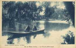 Le Blanc ( I,dre) La Creuse Pittoresque  Pecheurs à La Ligne Dans Une Barque RV - Le Blanc