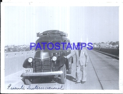 118452 ARGENTINA PUENTE INTERNACIONAL AUTOMOBILE CAR AUTO & MAN 11.5 X 8.5 CM PHOTO NO POSTCARD - Fotografie