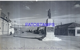 118475 ARGENTINA RIO GALLEGOS SANTA CRUZ CALLE PRINCIPAL & ESTATUA 16.5 X 10 CM PHOTO NO POSTCARD - Fotografie