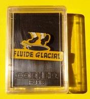 PIN'S FLUIDE GLACIAL PIN'S EPINGLETTE CORNER DANS SA BOITE D'ORIGINE EN PLASTIQUE - NOTRE SITE Serbon63 - Pins