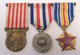 3 Médailles Montées En Triptyque - Médaille Grande Guerre 1914-18, Médaille Cheminots 1942, Médaille Blessés De Guerre - France