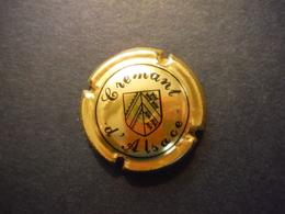 Plaque De Muselet Crémant D'Alsace Blason Noir Sur Or - Mousseux