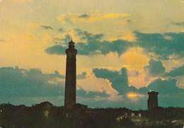 Carte Postale Des Années 60 - Coucher De Soleil Au Phare Des Baleines - Ile De Ré - Barche