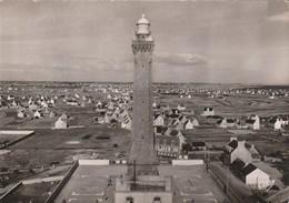 Carte Postale Des Années 50 - Le Phare De Saint Guénolé Penmarc'h - Barche