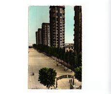 93 .. DRANCY .. LES GRATTES CIEL ..  ENTREE DE LA GENDARMERIE MOBILE ... 1959 - Drancy