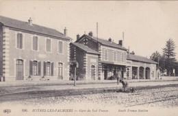 83 /HYERES / GARE DU SUD FRANCE / JOLIE CARTE  / ELD 896 - Hyeres