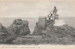 Carte Postale Ancienne De L'Ile De Bréhat - Pointe Et Phare Du Paon - Barche