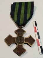 Roumanie Croix De Guerre 1916-1918 - Medals