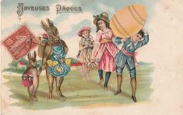 Jolie Carte Postale Ancienne Gauffrée - Joyeuse Pâques - Oeuf - Enfants - Lapins Ayant Des Attitudes Humaines - Pasqua