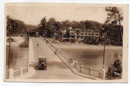 HOSSEGOR --1956--Le Pont Sur Le Courant--L'Hôtel De Lac  (petite Animation  ,voiture )--timbre --cachet - Hossegor
