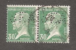 Perforé/perfin/lochung France No 174 SEA Sté Nouvelle Des Ets A.D.T - Francia
