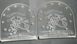 Rare Lot 2 Présentoirs En Plexiglas, Plexi, Aérospatiale, Fusée Ariane 2003 Europe, Oeil D'Horus, EADS Airbus Aéronautic - Plaques Publicitaires