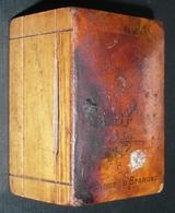 Rare Ancienne Tirelire Boite à Système, En Bois, Publicitaire Caisse D'Epargne - Scatole