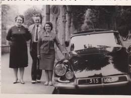 Photo 7 X 10 D'une  Citroën DS   Immatriculée 315 HN 27  Et Sa Famille - Automobiles