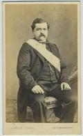 CDV. Un Franc-maçon En Pose Par Le Photographe Berot à Paris. Franc-maçonnerie. - Anciennes (Av. 1900)