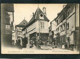 CPA - LAMBALLE - Vieilles Maisons, Animé  (dos Non Divisé) - Lamballe