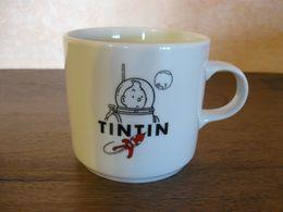 Tasse Mug Tintin Lune Hergé Moulinsart 1999. - Dishes