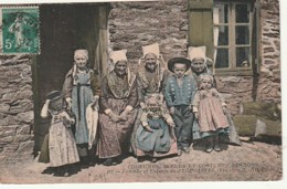 ***  29  ***  Moeurs Et Costumes Bretons - Femmes Et Enfants De PLOUGASTEL - TTB - Plougastel-Daoulas
