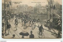 CHATOU - Marche De L'Armée 29 Mai 1904 - Sur Le Pont De Chatou - Chatou