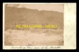 88 - ANOULD - UN COIN DE LA MEURTHE - PHOTO ORIGINALE COLLEE SUR CARTE POSTALE - Anould