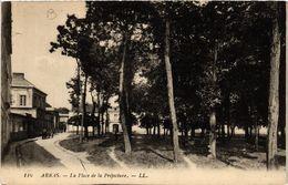 CPA ARRAS La Place De La Préfecture (414316) - Arras