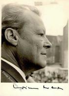 Brandt, Willy Original Unterschrift 10,4 X 14,3 Cm  FOTO KEINE AK I-II - Politik