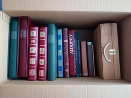NEUE STÖBERKISTE GROSS MIT SAMMLUNGEN UND EINSTECKBÜCHERN WIEDER DA. HOHER KATALOGWERT CA. 20 KILO INVENTURKISTE - Collezioni (in Album)