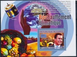 [402002]TB//**/Mnh-Guinée 2007 - Réchauffement Climatique, Arnold Schawrzeneger - Climat & Météorologie