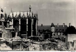 8625-2019  PHOTOGRAPHIE DE ROUEN 1940   DESTRUCTION DE 1940 IMMEUBLES DEMOLIS DEVANT L ENTREE DE L ARCHEVECHE - Andere