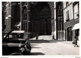 8626-2019  PHOTOGRAPHIE DE ROUEN 1940    LE PORTAIL DE LA CALENDE AVANT LES DESTRUCTIONS DE 1940 - Andere